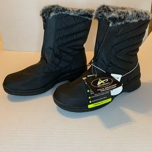 athletech  winter boots NWT